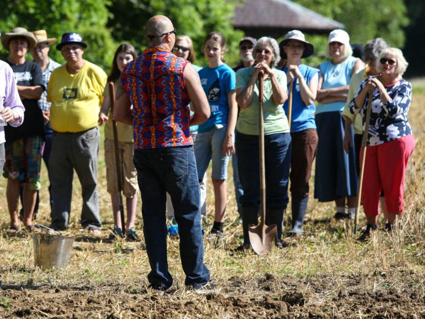 seeds-of-resistance-6-mekasi-horinek-camp-1000
